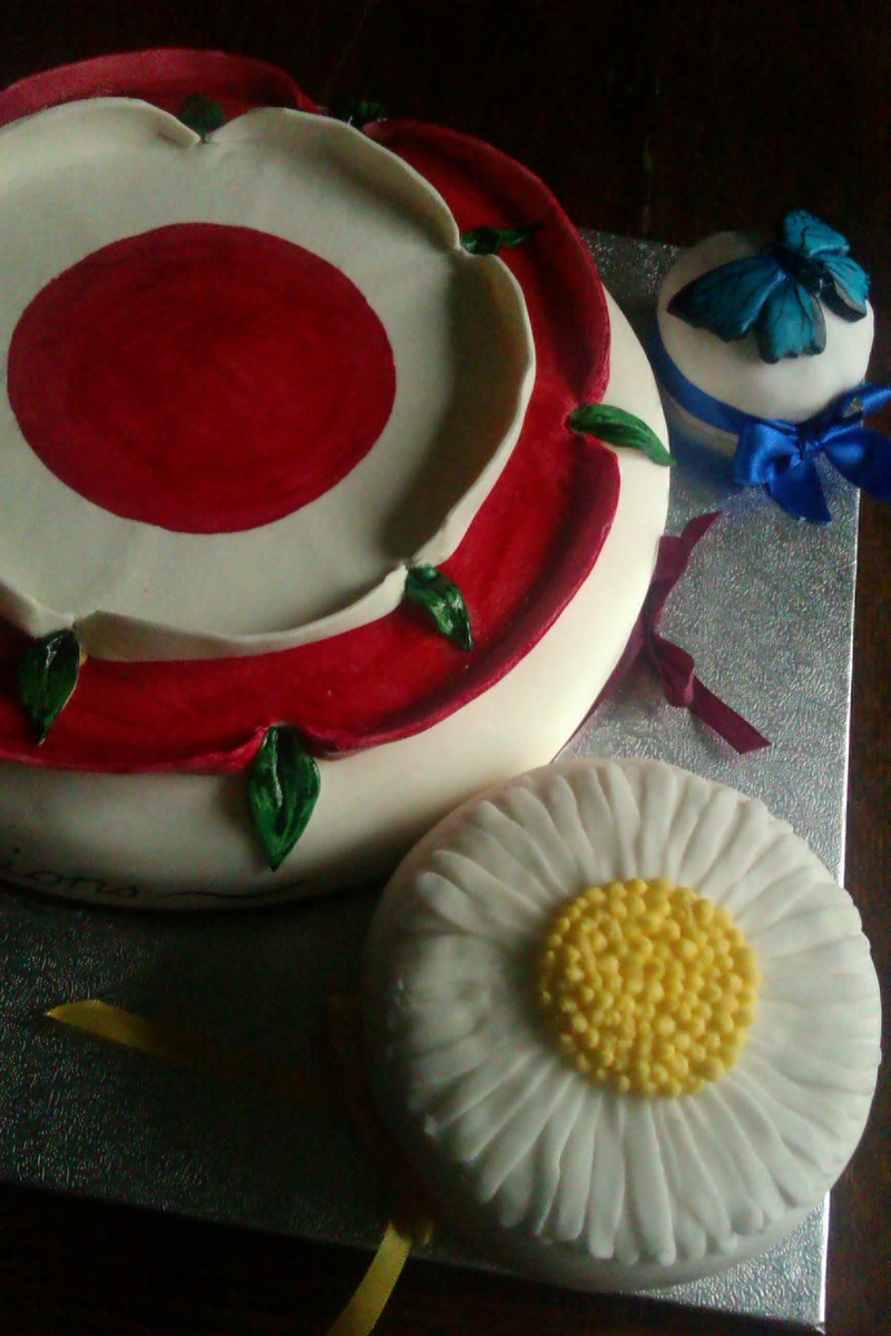 Wolf Hall Inspired Cake For Hilary Mantel's Anniversary